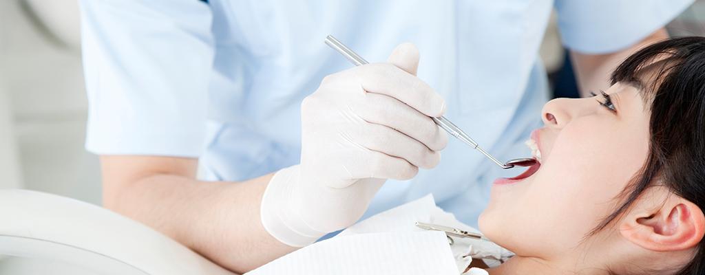 虫歯や歯周病、義歯の治療